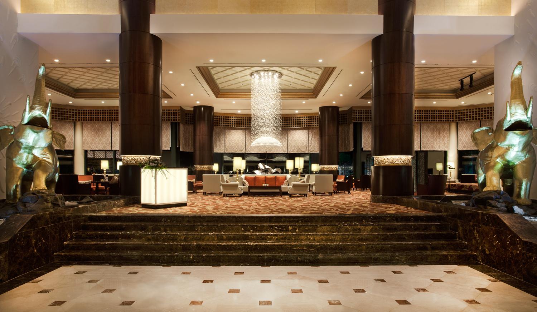Lobby_01-Lobby-Lounge